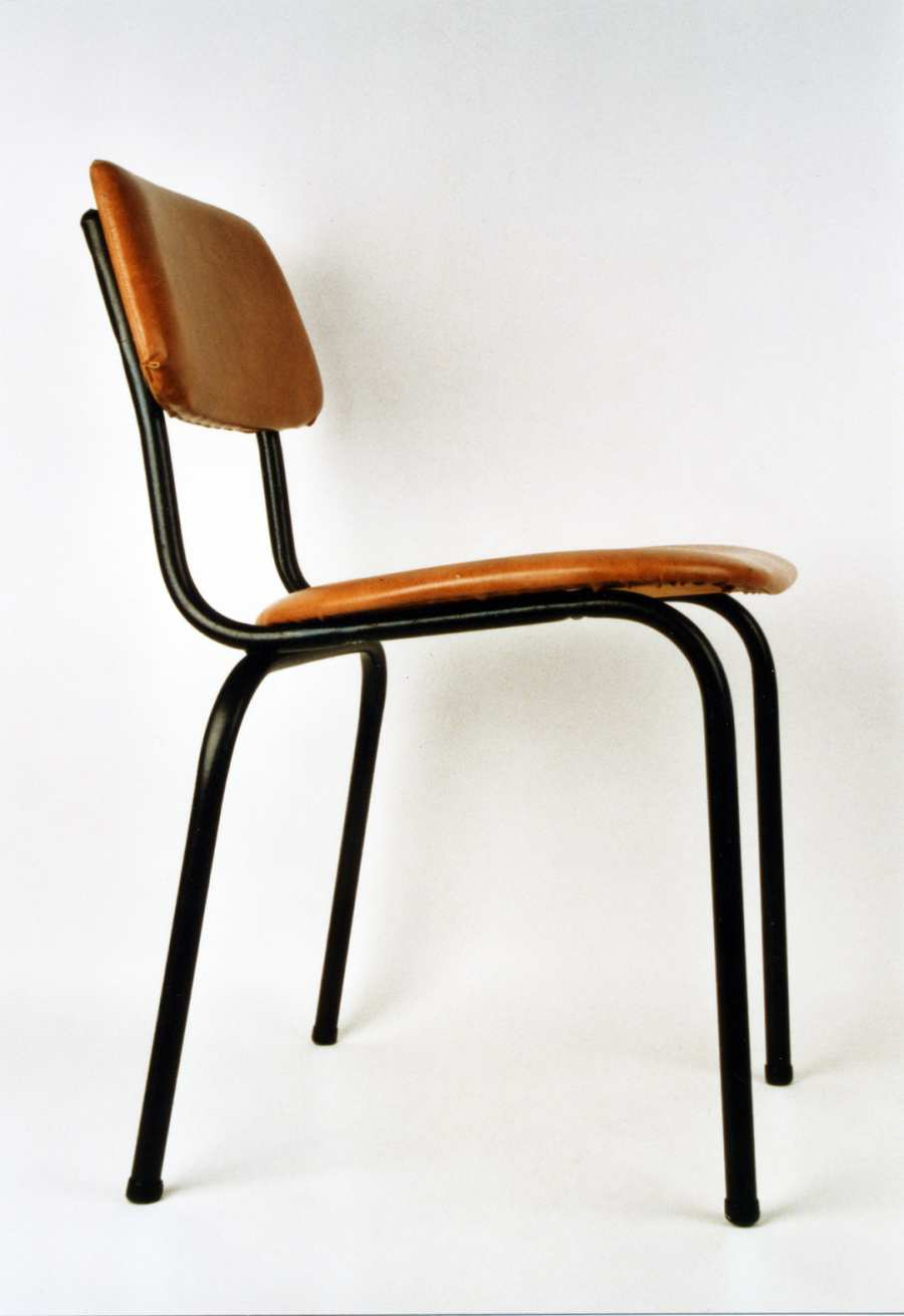 DDR chair modell 3101 with seat and back made of synthetic leather