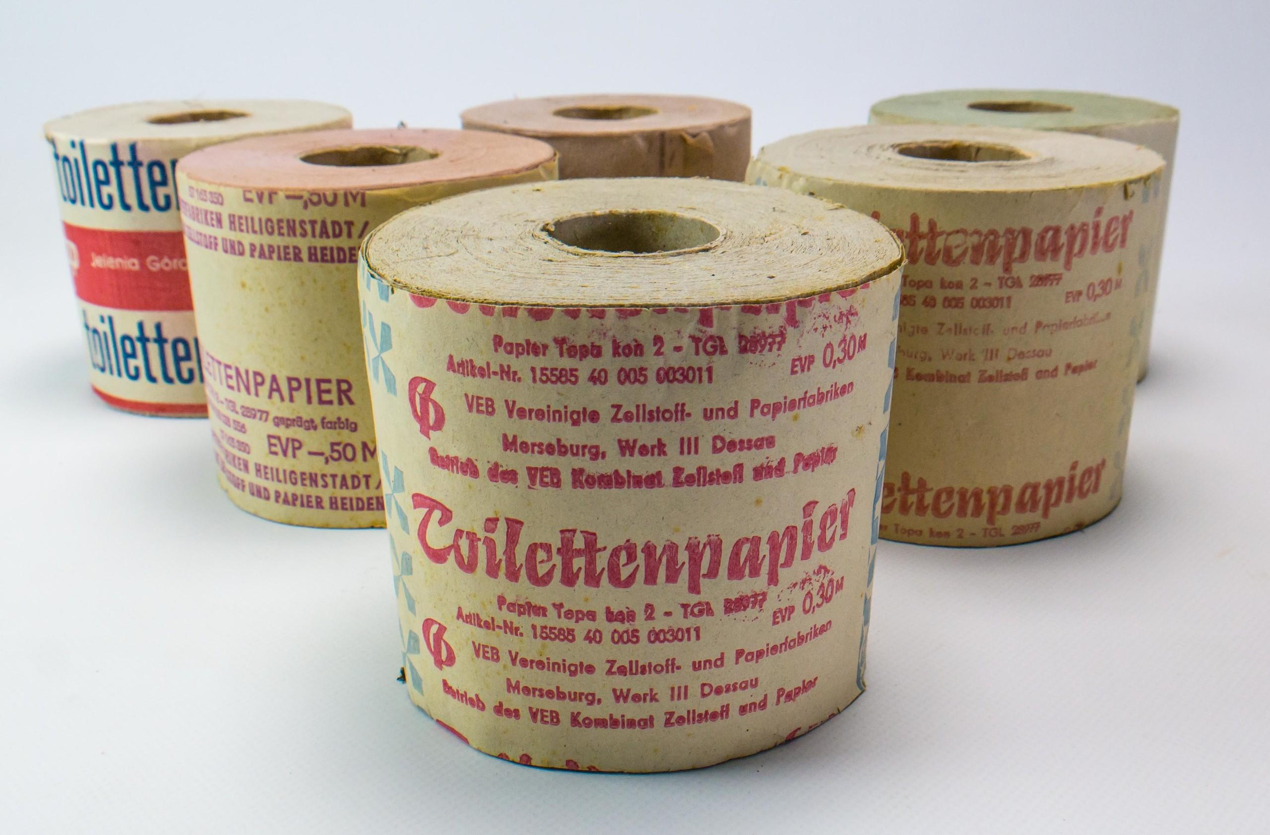 Toilettenpapier diverse | DDR Museum Berlin
