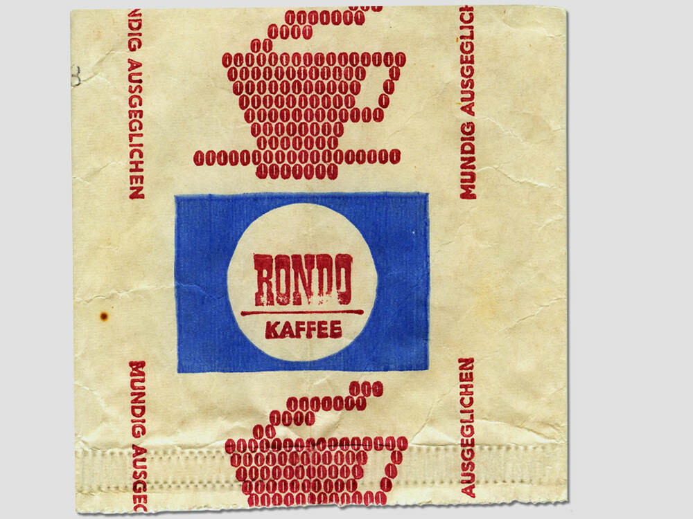 8cd0d318077f4 Wir gewähren Ihnen die Bildnutzung ausschließlich für die Berichterstattung  über das DDR Museum und gegen Übersendung eines Belegexemplares an das DDR  ...
